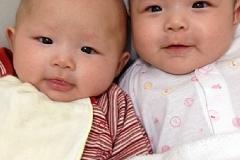 太陽天鉞座命宮雙胞胎女寶寶-滿月